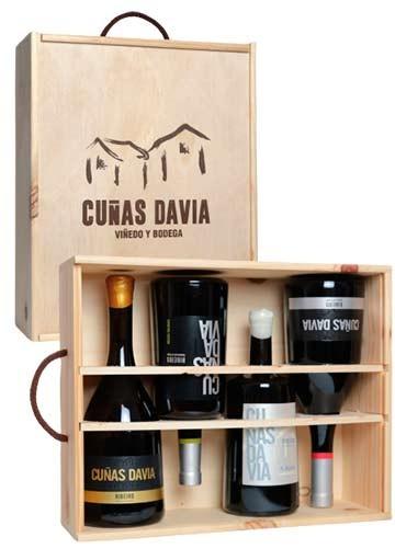 Estuche Madera Cuñas Davia. 4 botellas