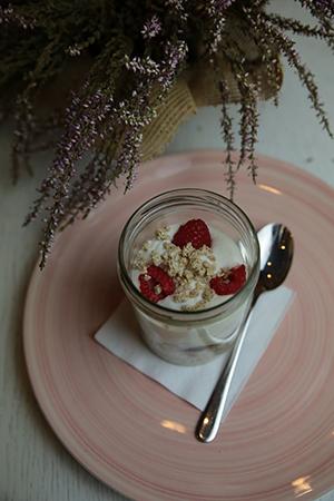 cheesecake ligera, queso ahumado y crumble
